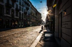 Милан, Италия - 30-ое декабря 2017 - захватывающий вид на старом st стоковые изображения rf