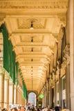 МИЛАН, ИТАЛИЯ - 13-05-2017: Galleria Vittorio Emanuele II в Mila Стоковые Изображения RF