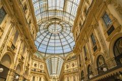 МИЛАН, ИТАЛИЯ - 13-05-2017: Galleria Vittorio Emanuele II в Mila Стоковые Фото