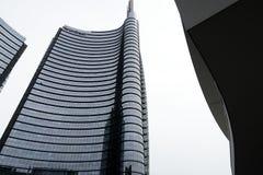 Милан, Ломбардия, 9/6/2018 Башня Unicredit, самый высокорослый небоскреб в Италии стоковые изображения rf