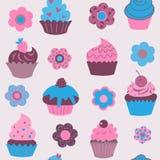 Милая безшовная картина пирожных с цветками Стоковые Фото