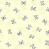 Милая безшовная картина с абстрактными планами бабочек нарисованных вручную Стоковая Фотография RF