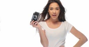 Милая девушка с ретро камерой Стоковая Фотография