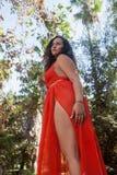 Милая девушка outdoors в платье Стоковые Изображения RF