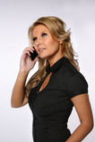 Милая женщина на телефоне Стоковое фото RF