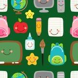 Милая ребяческая безшовная картина назад к школьным принадлежностям как усмехаясь персонажи из мультфильма Стоковое фото RF