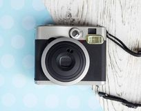 Милая ретро немедленная камера Стоковые Изображения