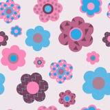 Милая флористическая безшовная картина декоративных цветков Стоковые Фотографии RF