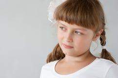 милая школьница preteen портрета стоковая фотография