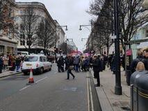 Миллион женщин поднимают марш и вновь собираются в центральном Лондоне стоковые фотографии rf