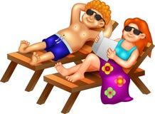 Милое тело шаржа мальчика и девушки сухое в пляже с улыбкой иллюстрация вектора
