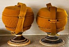 милостыни bowl верхний слой s монаха вязания крючком Стоковое фото RF