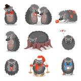 Милые ежи установили, сладостные серые персонажи из мультфильма животных в различной иллюстрации вектора ситуаций на белизне бесплатная иллюстрация