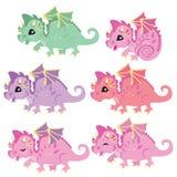 Милые маленькие красочные драконы Драконы сказки стоковое изображение rf