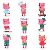 Милые смешные характеры свиньи устанавливают, piggy мальчики и девушки в различных представлениях и шарж ситуаций vector иллюстра бесплатная иллюстрация