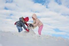 Милый гриль 2 в снеге Стоковое фото RF