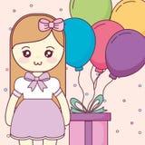 Милый и маленькая девочка с гелием воздушных шаров стоковое фото