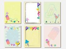 Милый комплект карточки вектора мороженого и помадок Винтажные карточки с картинами и орнаментами Вручите вычерченный комплект ка стоковое изображение rf