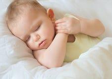 Милый спать младенца стоковые изображения rf