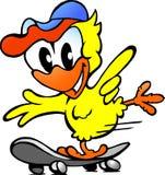 Милый цыпленок младенца на скейтборде Стоковые Фотографии RF
