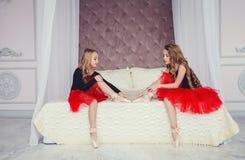 2 милых девушки детей Стоковое Изображение