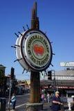 Миля причала Fishermens туристская в Сан-Франциско стоковые изображения rf