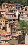 Мимозы les Bormes; Франция - 18-ое апреля 2016: старая деревня Стоковое Изображение