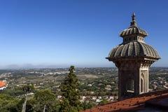 Минарет и деревни дворца Monserrate Стоковые Изображения RF