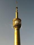 Минарет мечети Хомейни аятолы золотой, Тегеран стоковое изображение rf