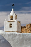 Минарет мечети Chenini, южного Туниса Стоковое Изображение RF