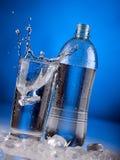 минеральная вода выплеска Стоковое Изображение