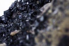 Минерал карбоната руководства изолированный над белизной Стоковая Фотография