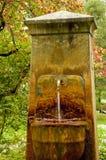 минерал фонтана старый стоковое изображение rf