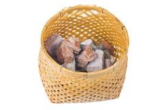 Минеральное marlstone в бамбуковой корзине handmade стоковые изображения rf
