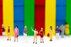Миниатюрные люди: Группа людей выбранного персоны дела Стоковые Изображения RF