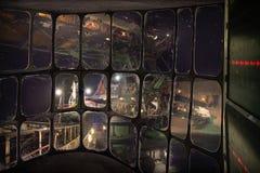 Минирование открытого карьера с взглядом от кабины экскаватора работая Стоковая Фотография