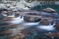 Миниый водопад стоковые фото