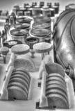 Мини машина сверла с комплектом различных аксессуаров в черно-белом Стоковое Изображение RF