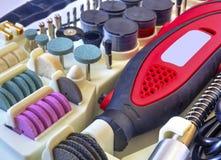 Мини машина сверла с комплектом различных аксессуаров Стоковые Фото