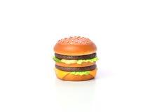 Мини модель бургера от японской глины на белой предпосылке Стоковые Фотографии RF