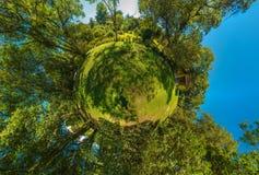 Мини планета стоковое фото