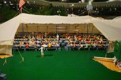 Мини статуя цирка: обедающий и банкет Стоковое фото RF