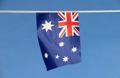 Мини флаг рельса ткани Австралии в цвете голубого красного цвета и белизны с белыми звездой и смертной казнью через повешение Юни Стоковая Фотография