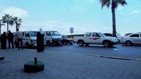 Мини шины на бульваре карниза в Александрии сток-видео