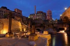 Миннеаполис Минесота на ноче стоковое изображение