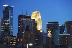 Миннеаполис на ноче Стоковые Изображения