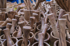 Минометы, утвари сделанные из древесины, ложки кухни, вилки, шпатели, Стоковое Фото