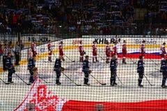 Минск, Беларусь, 09 01 2018 - спичка Dinamo Минск Беларусь - Lokomotiv Yaroslavl Россия хоккея Стоковые Изображения