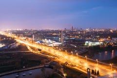 Минск, Беларусь Городской пейзаж вида с воздуха в ярком голубом вечере часа Стоковые Фотографии RF
