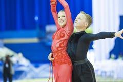 Минск-Беларусь, 5,2014 -го октябрь: Неопознанный профессиональный танец c Стоковые Изображения RF